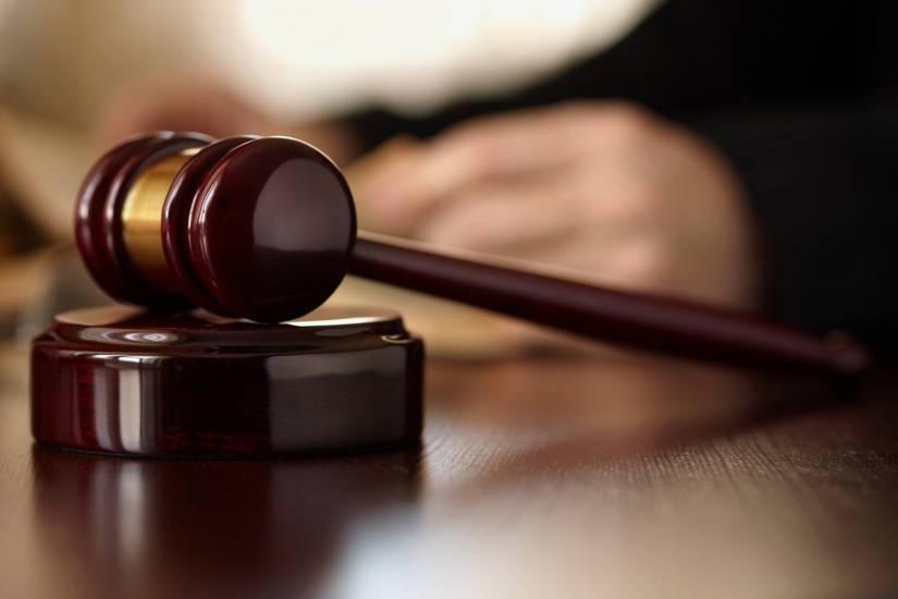 Giudici e legislatori, giù le mani dai bambini